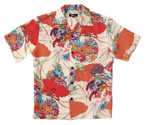 和柄のアロハシャツ